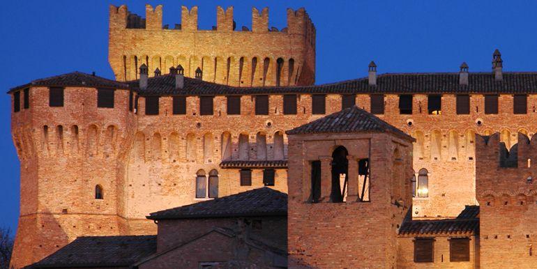 Historic villages tour of Montefeltro land